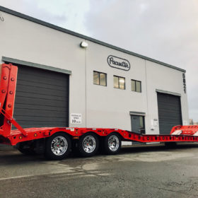 paving_trailer_feature_pacesetter